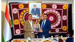 Tacikler Topkapı Türk Dünyası'nda Buluştu