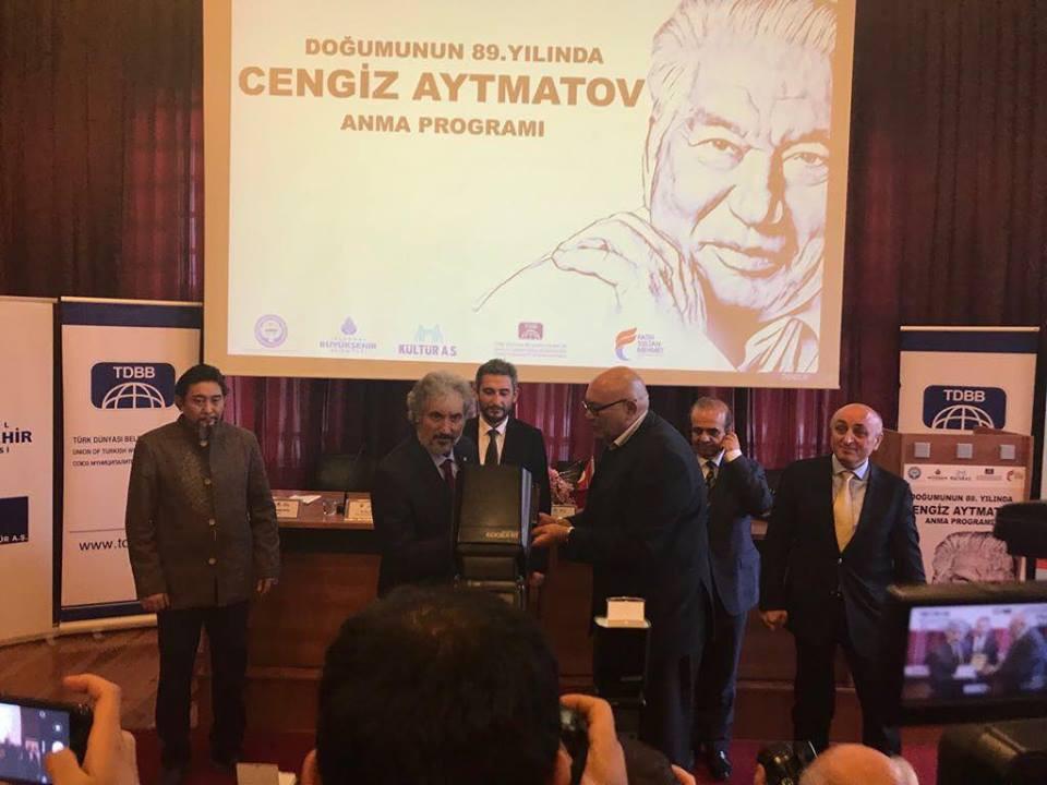 """""""Doğumunun 89. Yılında Cengiz Aytmatov"""" Rahmetle Anıldı Galeri - 44. Resim"""