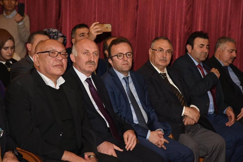 """""""Doğumunun 89. Yılında Cengiz Aytmatov"""" Rahmetle Anıldı Galeri - 9. Resim"""