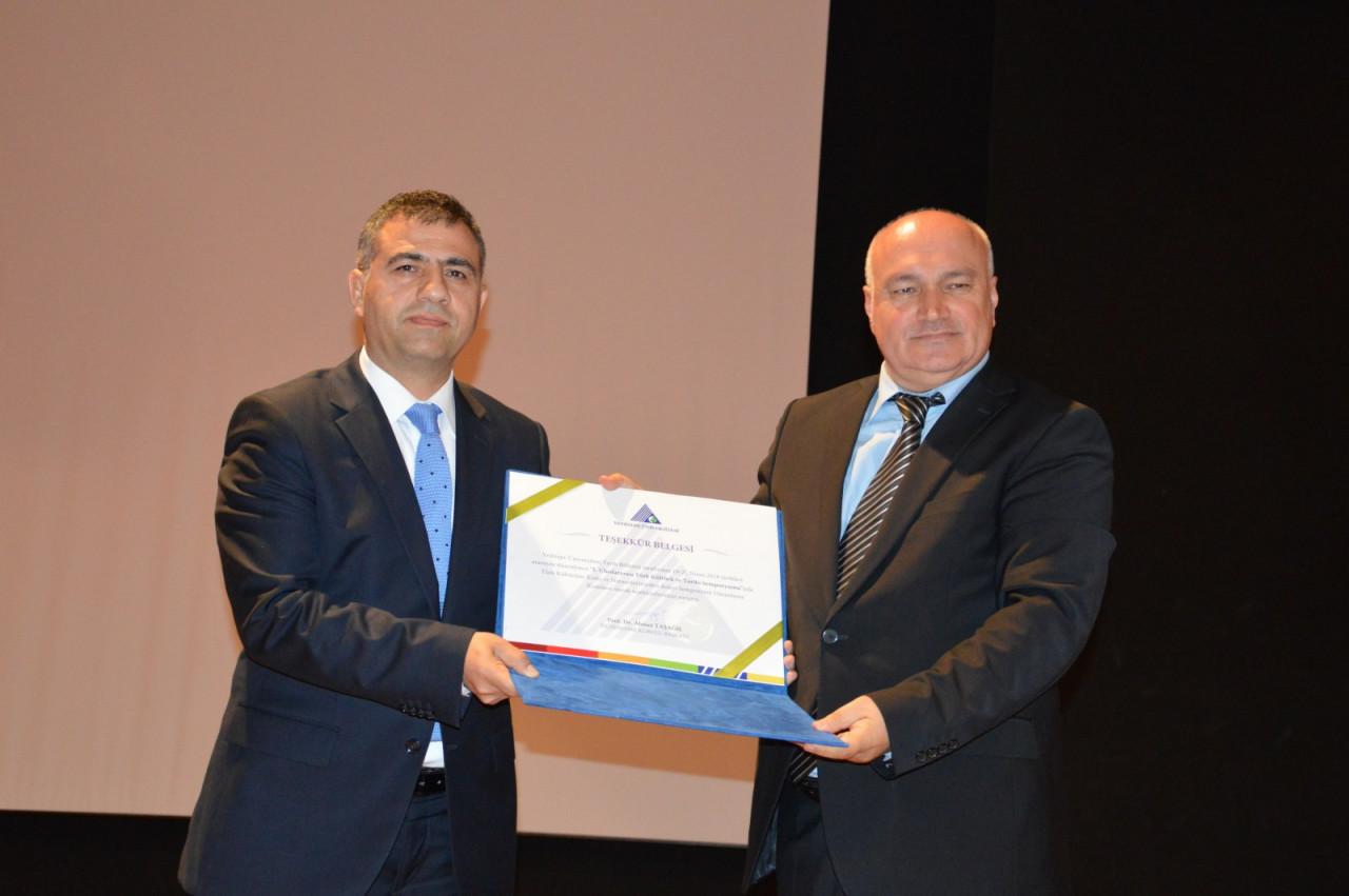 I. Uluslararası Türk Kültürü Ve Tarihi Sempozyumu Yeditepe Üniversitesi'nde Başladı Galeri - 1. Resim