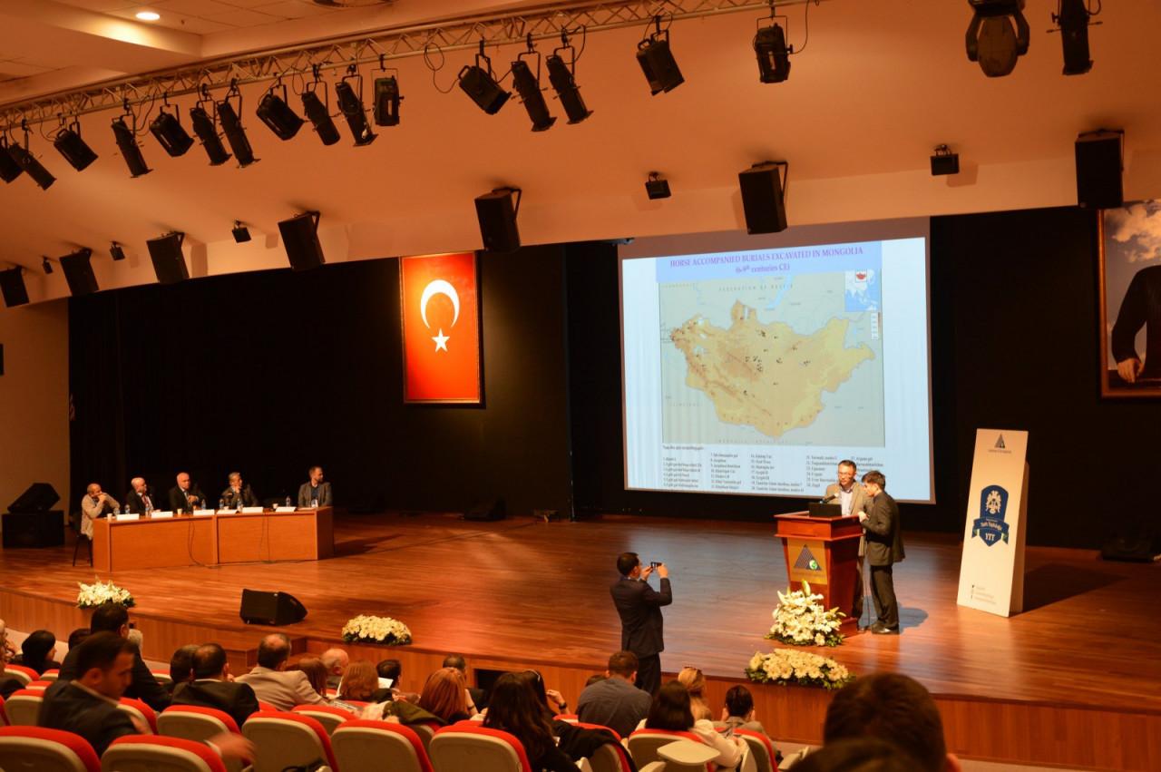 I. Uluslararası Türk Kültürü Ve Tarihi Sempozyumu Yeditepe Üniversitesi'nde Başladı Galeri - 30. Resim