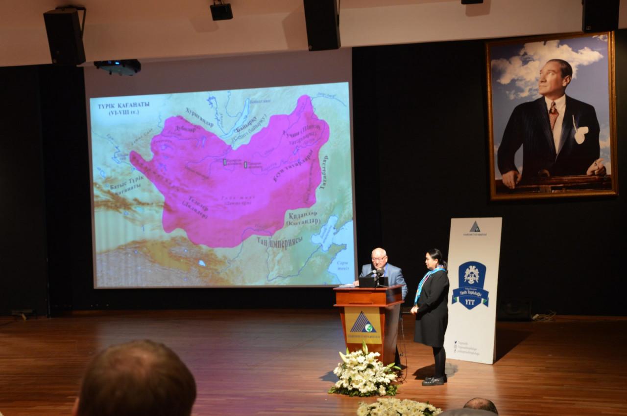 I. Uluslararası Türk Kültürü Ve Tarihi Sempozyumu Yeditepe Üniversitesi'nde Başladı Galeri - 66. Resim