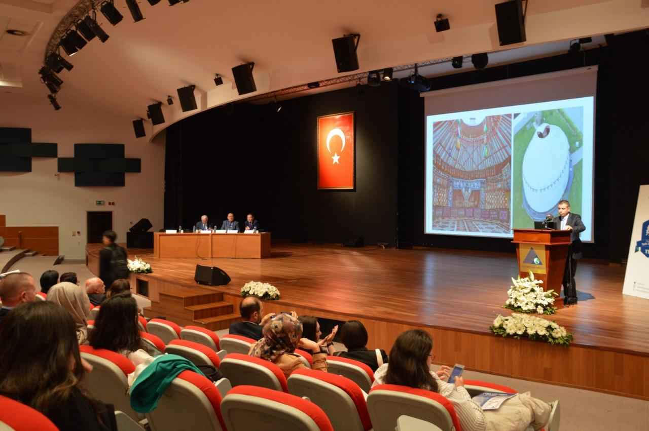 I. Uluslararası Türk Kültürü Ve Tarihi Sempozyumu Yeditepe Üniversitesi'nde Başladı Galeri - 60. Resim