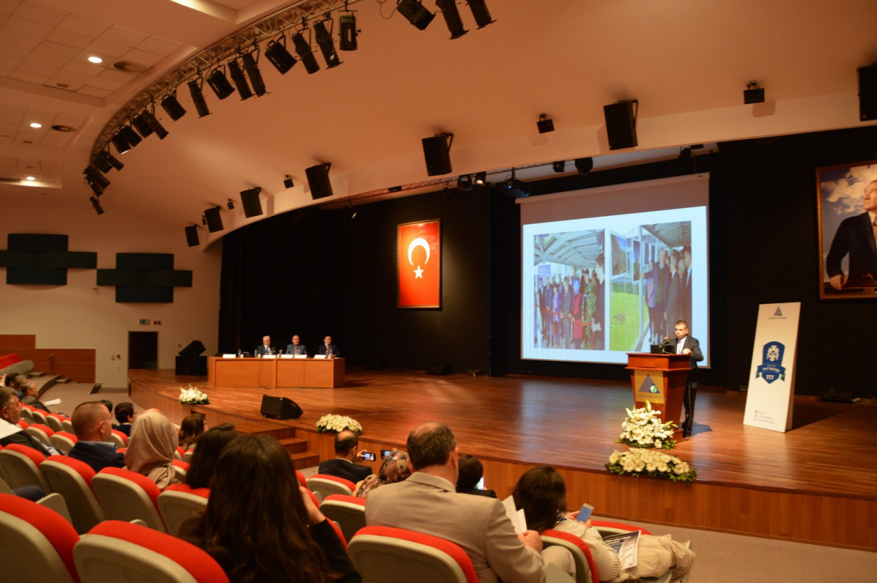 I. Uluslararası Türk Kültürü Ve Tarihi Sempozyumu Yeditepe Üniversitesi'nde Başladı Galeri - 64. Resim