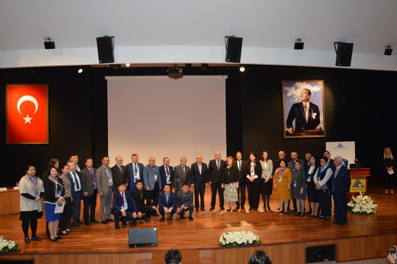 I. Uluslararası Türk Kültürü Ve Tarihi Sempozyumu Yeditepe Üniversitesi'nde Başladı Galeri - 23. Resim