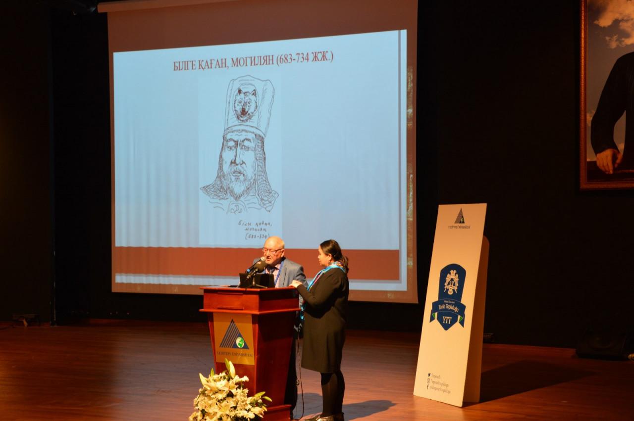 I. Uluslararası Türk Kültürü Ve Tarihi Sempozyumu Yeditepe Üniversitesi'nde Başladı Galeri - 69. Resim