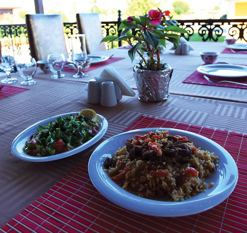 Türk Dünyası Zinnet Restoranı Galeri - 8.Resim