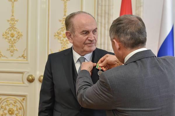 Medal of Honour to Mayor Kadir Topbaş Galeri - 1. Resim