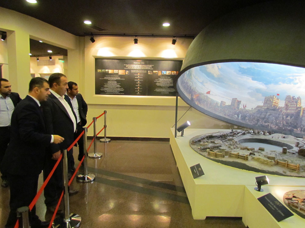 Mr. Aytmatov and Mr. Arslanbek Sultanbekov visited the Topkapı Turkish World Galeri - 44. Resim