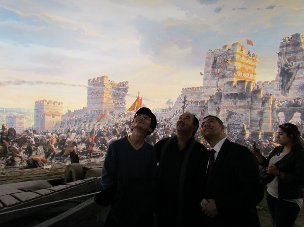 Mr. Aytmatov and Mr. Arslanbek Sultanbekov visited the Topkapı Turkish World Galeri - 39. Resim