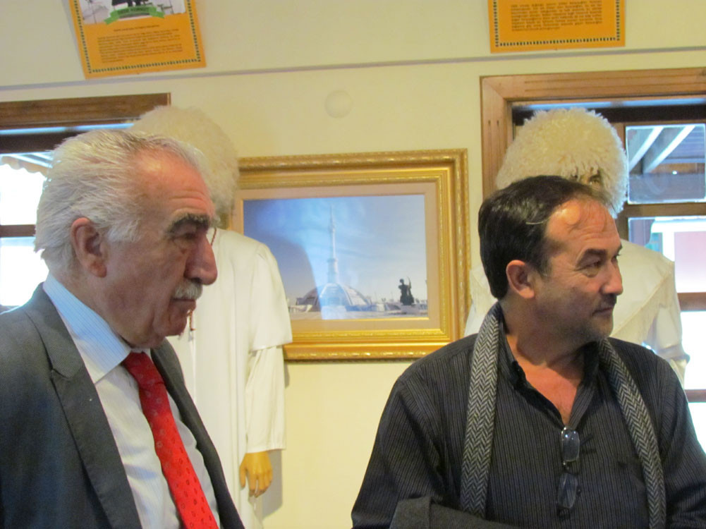 Mr. Aytmatov and Mr. Arslanbek Sultanbekov visited the Topkapı Turkish World Galeri - 7. Resim