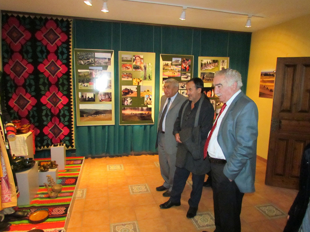 Mr. Aytmatov and Mr. Arslanbek Sultanbekov visited the Topkapı Turkish World Galeri - 5. Resim
