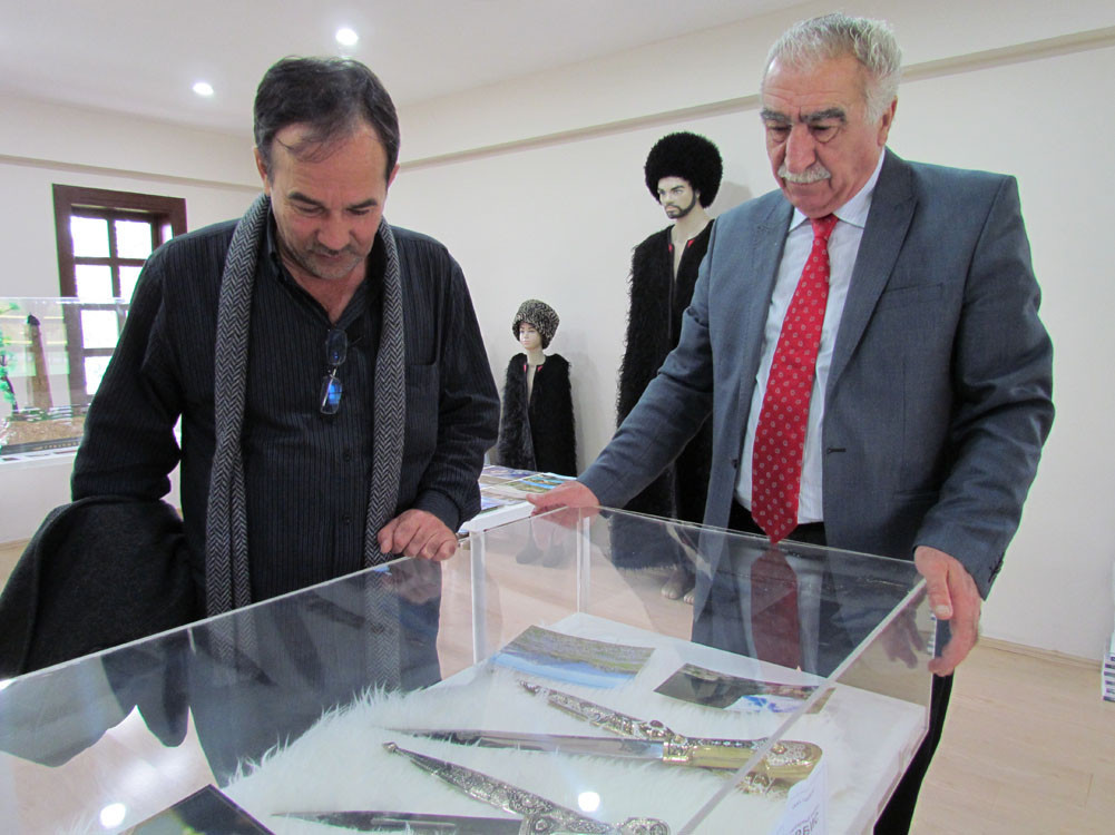 Mr. Aytmatov and Mr. Arslanbek Sultanbekov visited the Topkapı Turkish World Galeri - 8. Resim