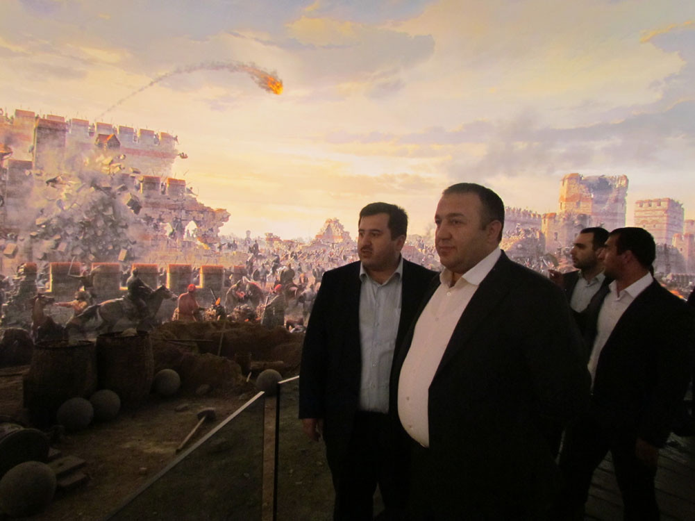 Mr. Aytmatov and Mr. Arslanbek Sultanbekov visited the Topkapı Turkish World Galeri - 41. Resim