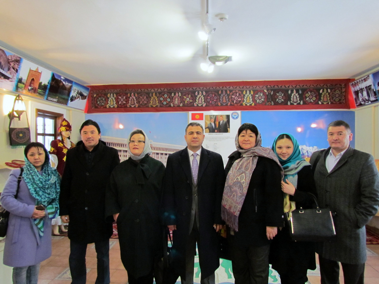 Visit from the Deputy Minister Chakiev to Culture Co. Galeri - 10. Resim