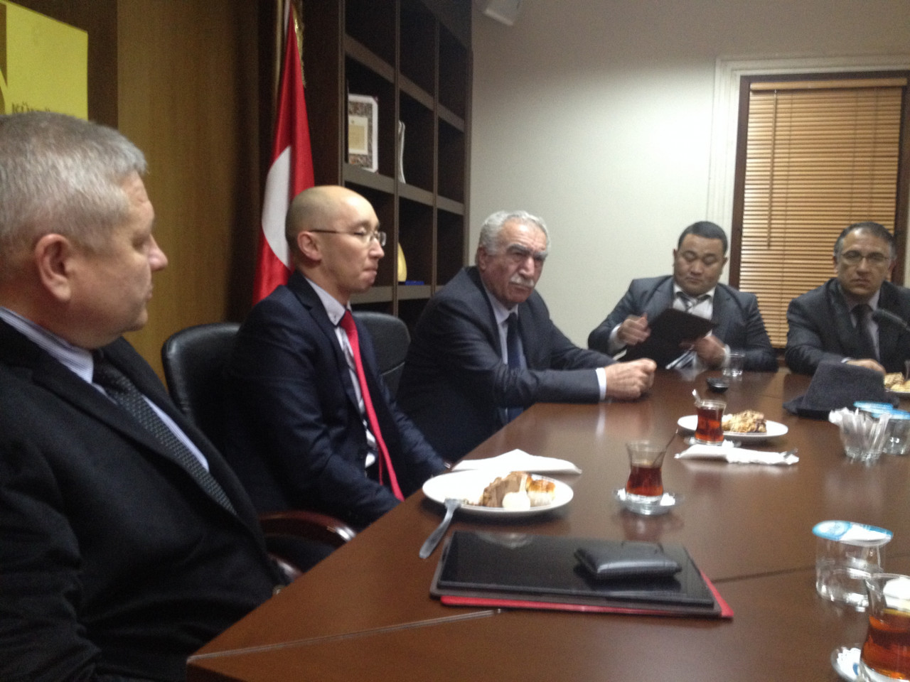 Visit from the Deputy Minister Chakiev to Culture Co. Galeri - 6. Resim