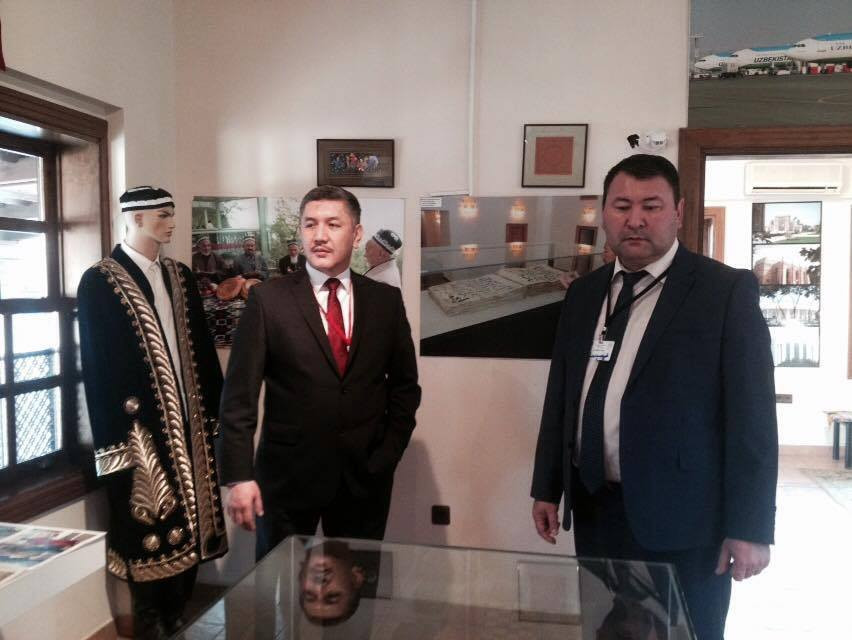 Visit from the Parliament of Kyrgyzstan to Nevzat Kütük, the General Director of Culture Co. Galeri - 6. Resim