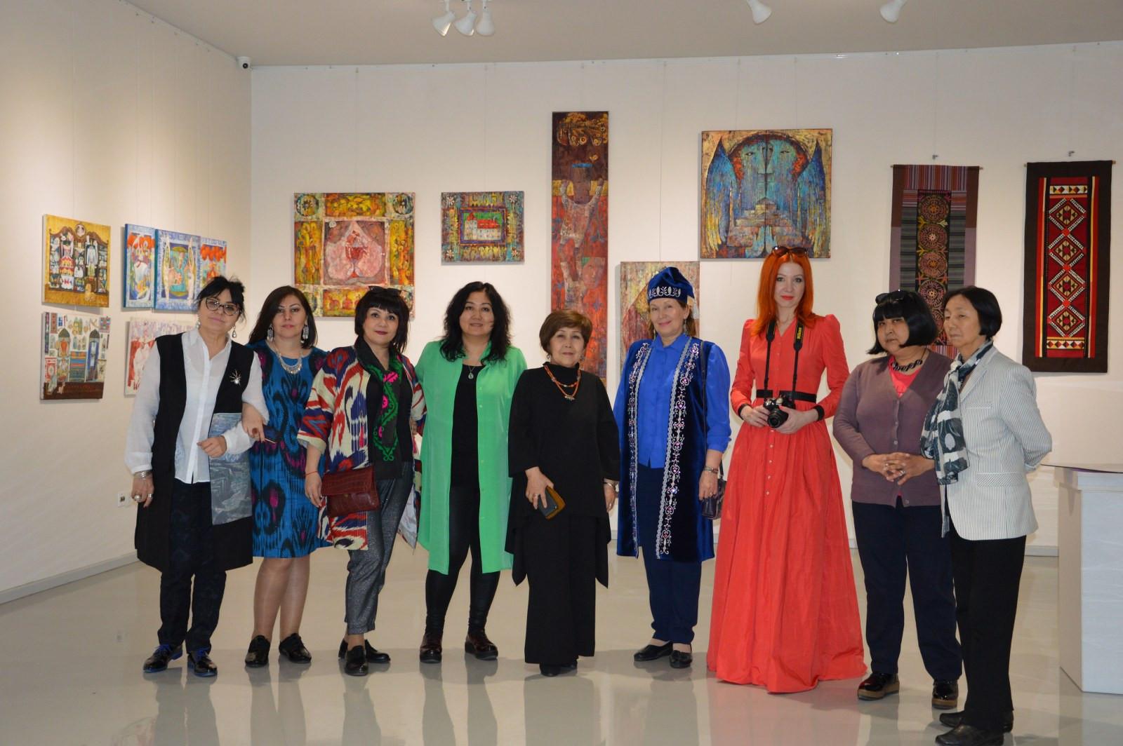 Türk Dünyasından Kadın Sanatçılar İstanbul'da Buluştu Galeri - 19. Resim