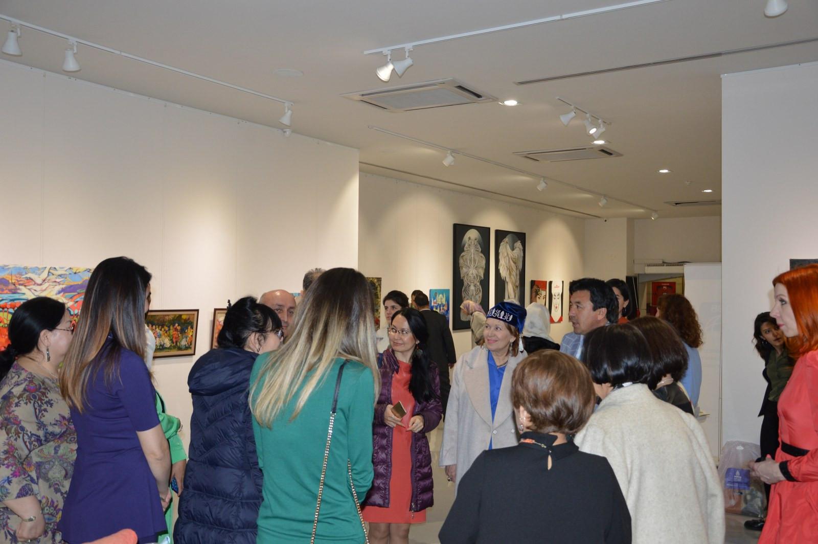 Türk Dünyasından Kadın Sanatçılar İstanbul'da Buluştu Galeri - 21. Resim