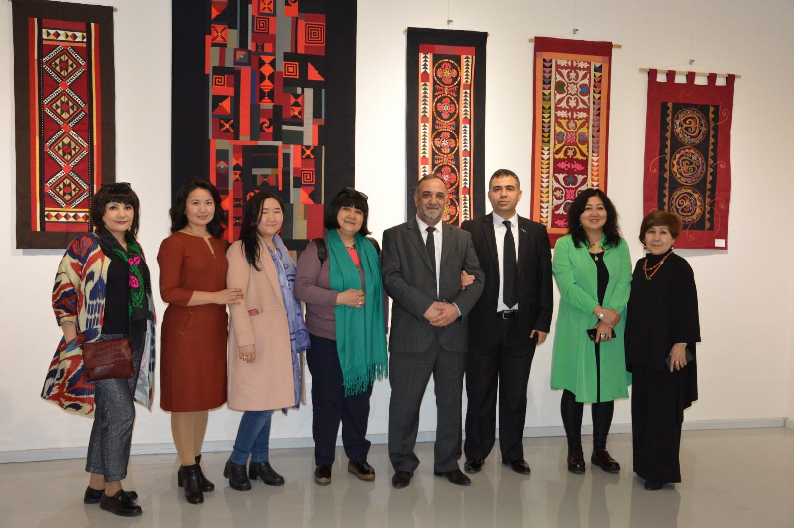 Türk Dünyasından Kadın Sanatçılar İstanbul'da Buluştu Galeri - 20. Resim
