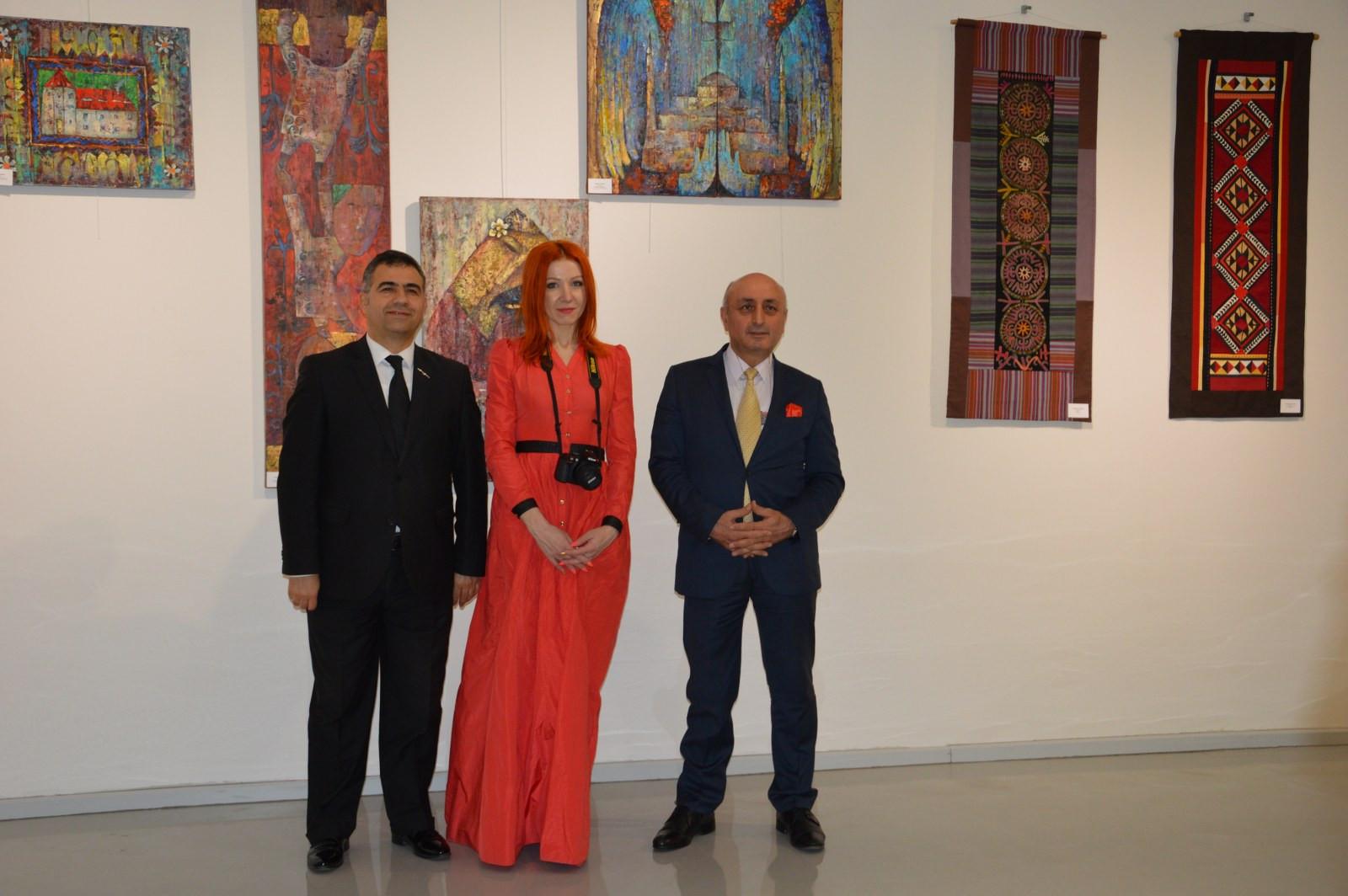 Türk Dünyasından Kadın Sanatçılar İstanbul'da Buluştu Galeri - 24. Resim
