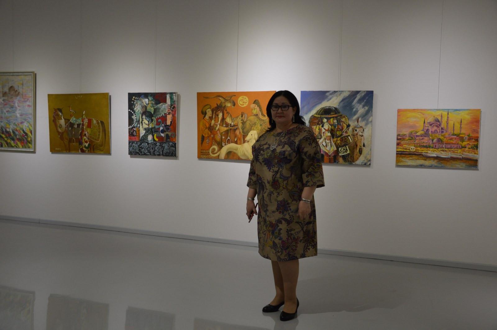 Türk Dünyasından Kadın Sanatçılar İstanbul'da Buluştu Galeri - 27. Resim