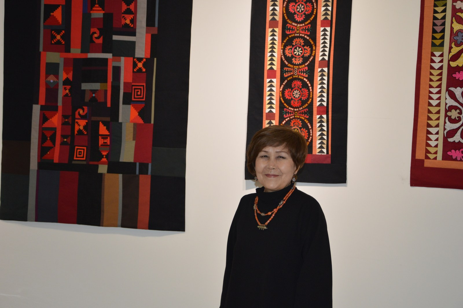Türk Dünyasından Kadın Sanatçılar İstanbul'da Buluştu Galeri - 31. Resim