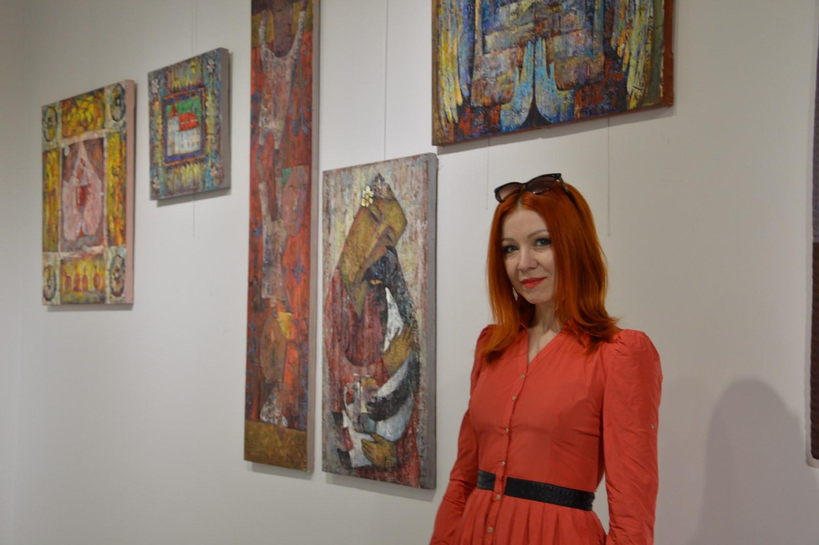 Türk Dünyasından Kadın Sanatçılar İstanbul'da Buluştu Galeri - 32. Resim