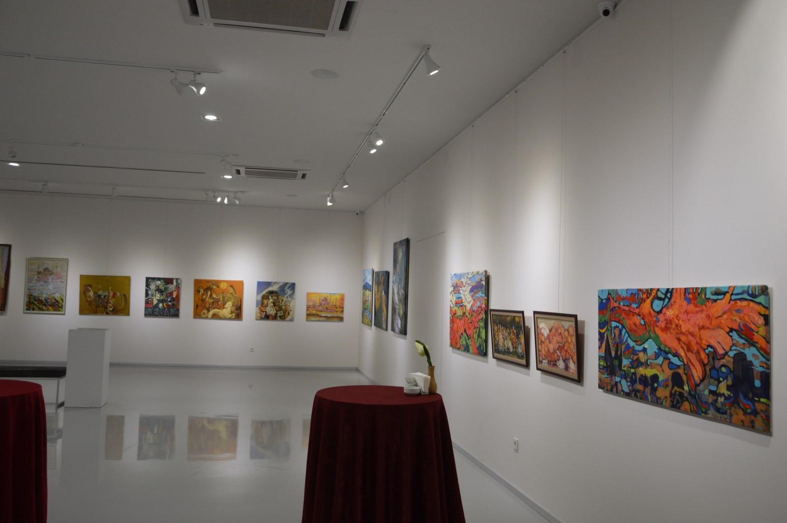 Türk Dünyasından Kadın Sanatçılar İstanbul'da Buluştu Galeri - 35. Resim